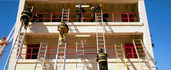 Picture of Fire School students climbing ladders' match icon