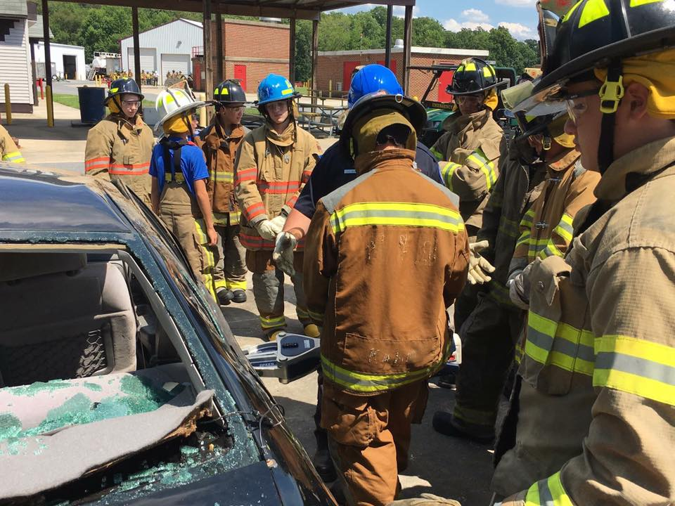 Photo of campers learning vehicle training rescue