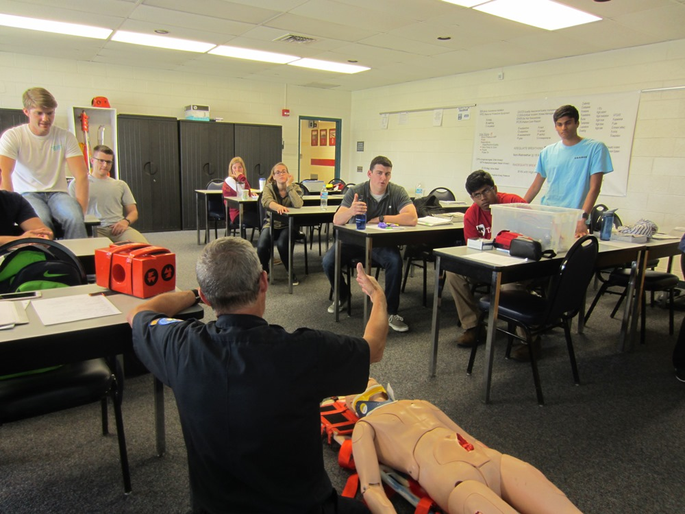 Emt Certification Class State Fire School State Of Delaware